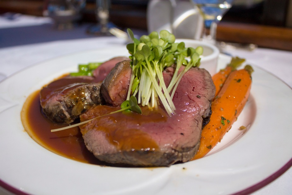 Roasted Beef Tenderloin_WineTrain